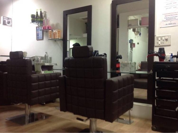 kommal-carnatiian-unisex-salon-spa