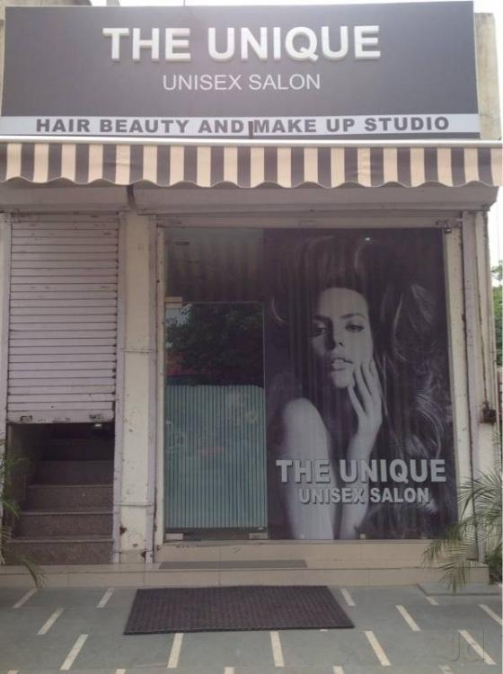 the-unique-unisex-salon-new-delhi-chattarpur