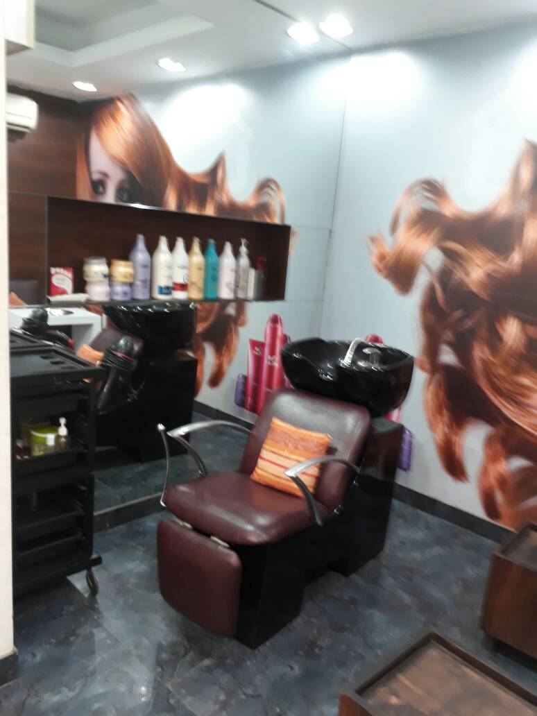 trendz-unisex-salon-gurgaon-dlf-phase-4