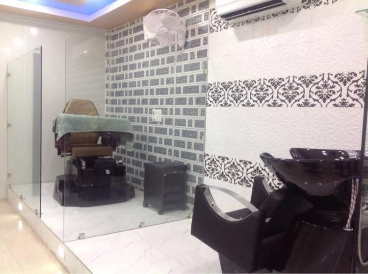 the-royal-elegance-unisex-salon-gurgaon-sector-31