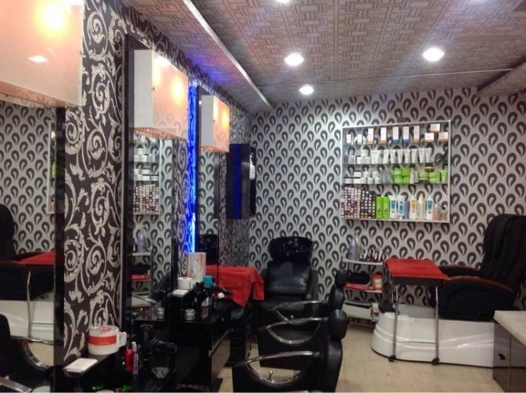 curly-creations-unisex-salon-gurgaon-sohna-road