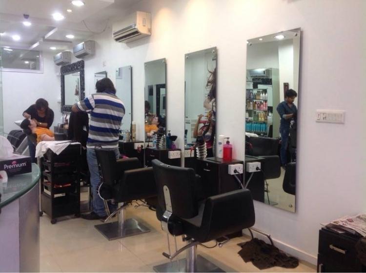 dignity-unisex-salon-new-delhi-malviya-nagar