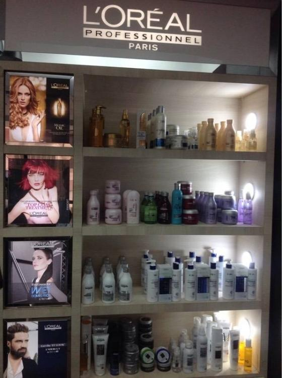trendy-makeover-a-family-salon-new-delhi-lajpat-nagar