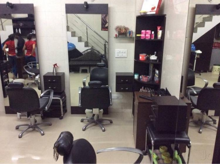 kutts-kurls-unisex-salon-gurgaon-sector-14
